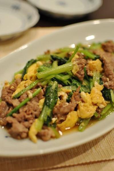 牛肉と小松菜の卵炒め