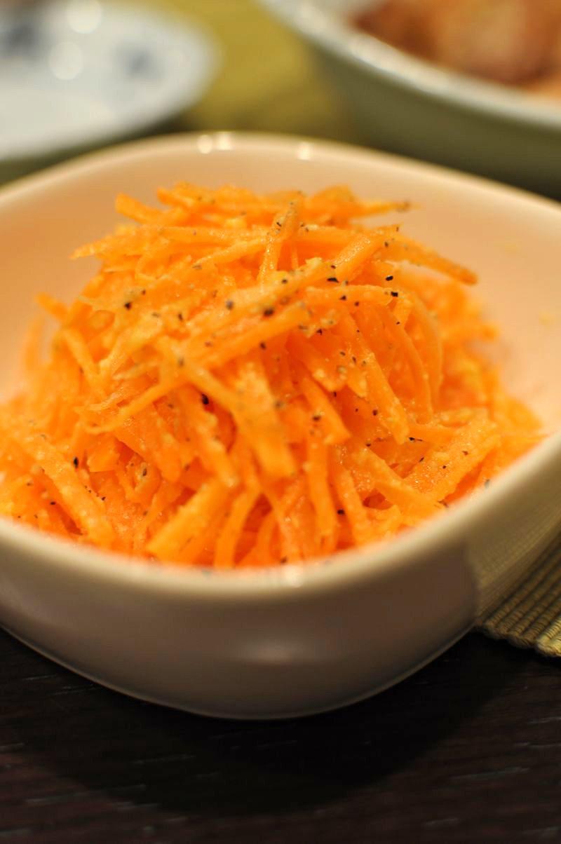 にんじんのチーズマリネ