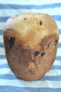 ホームベーカリーでブリオッシュ風メープルレーズンパン