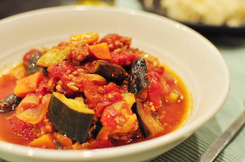 簡単!ひき肉と夏野菜のラタトゥイユ風