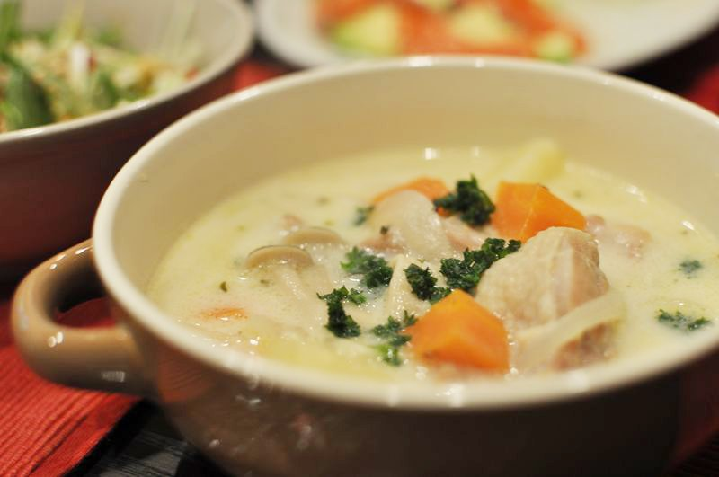 圧力鍋で本格っぽい鶏肉のクリームシチュー