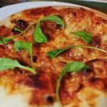 ホームベーカリーで味噌ソースの和風ピザ