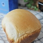 ホームベーカリーでふんわりハーフ食パン